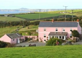 Dog Friendly BandB Broad Haven | Bower farm pet friendly bed & breakfast